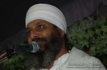 Nanak Saadhan Mile Milayi